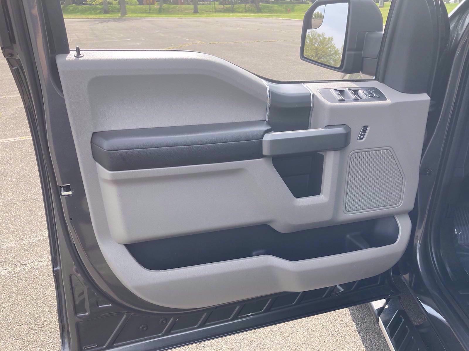 2018 Ford F-150 SuperCrew Cab 4x4, Pickup #FL1173D - photo 9