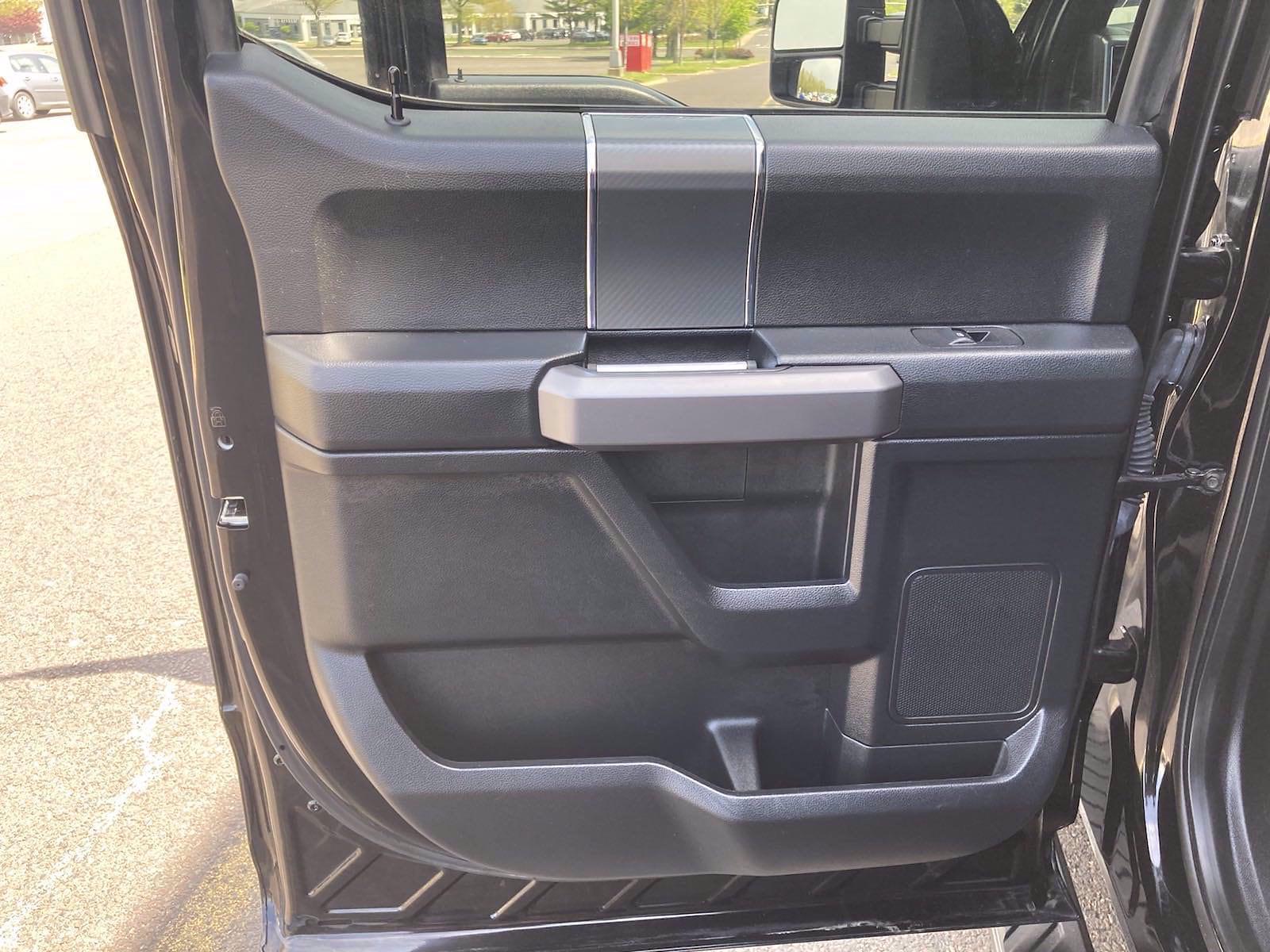 2018 Ford F-150 SuperCrew Cab 4x4, Pickup #FL1174D - photo 2
