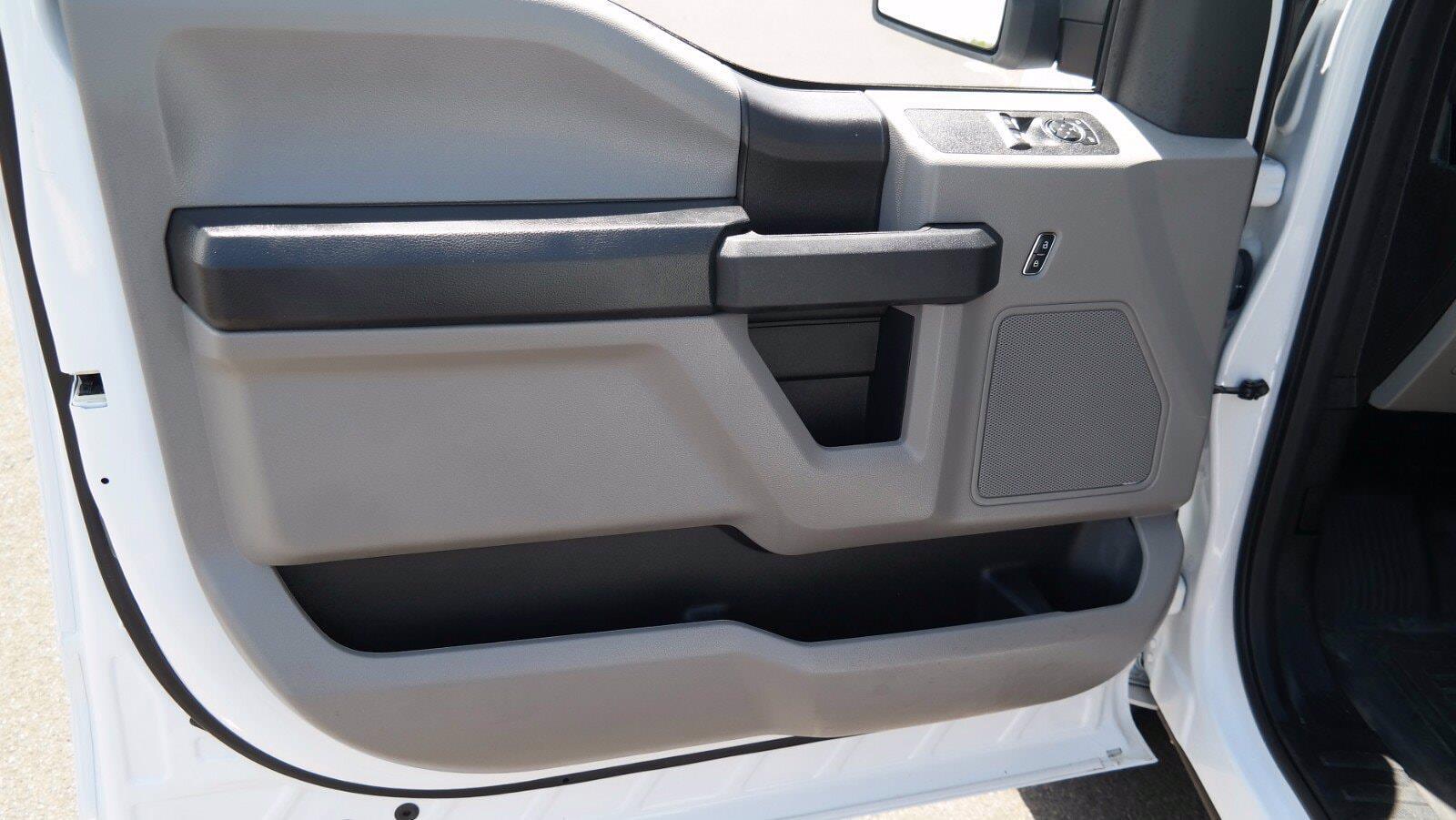 2019 Ford F-150 Regular Cab 4x4, Pickup #FL1205P - photo 3