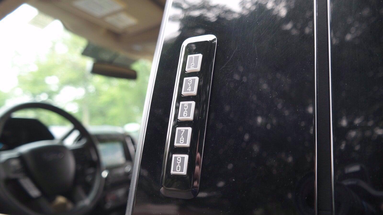 2018 Ford F-150 Super Cab 4x4, Pickup #FL1223D - photo 14
