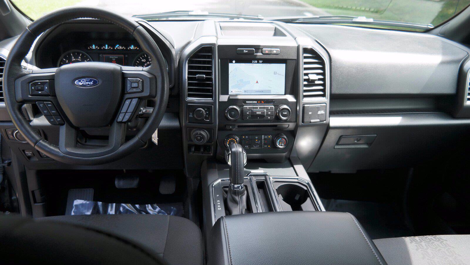 2018 Ford F-150 SuperCrew Cab 4x4, Pickup #FL1268D - photo 10