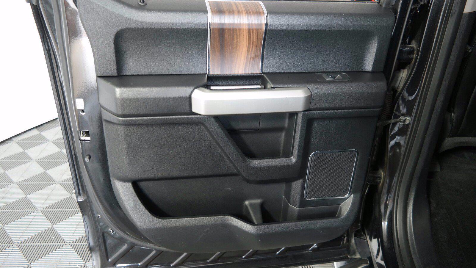 2015 Ford F-150 SuperCrew Cab 4x4, Pickup #FL1300C1 - photo 32