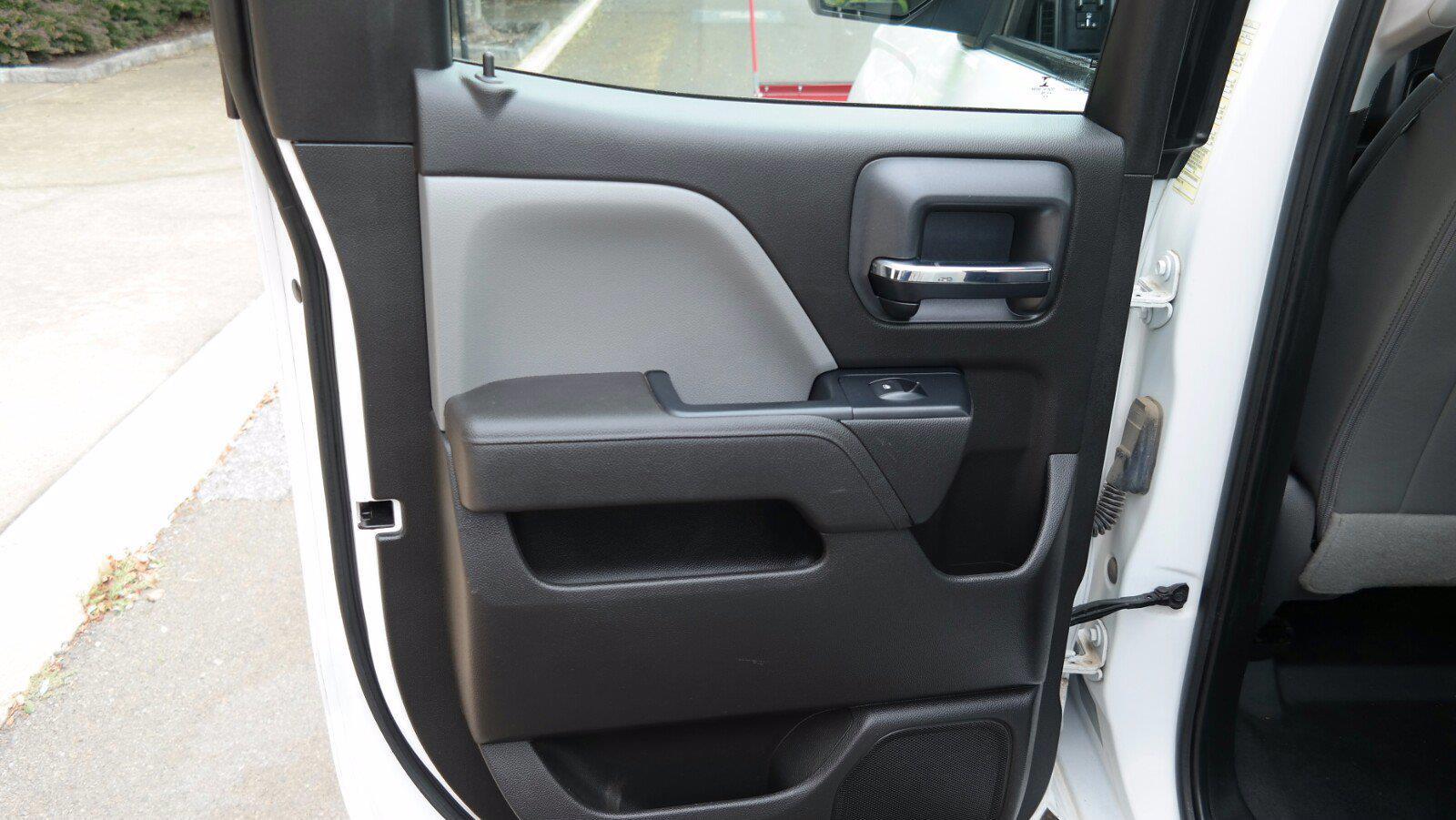 2016 Silverado 2500 Double Cab 4x4,  Service Body #FL1334P - photo 34