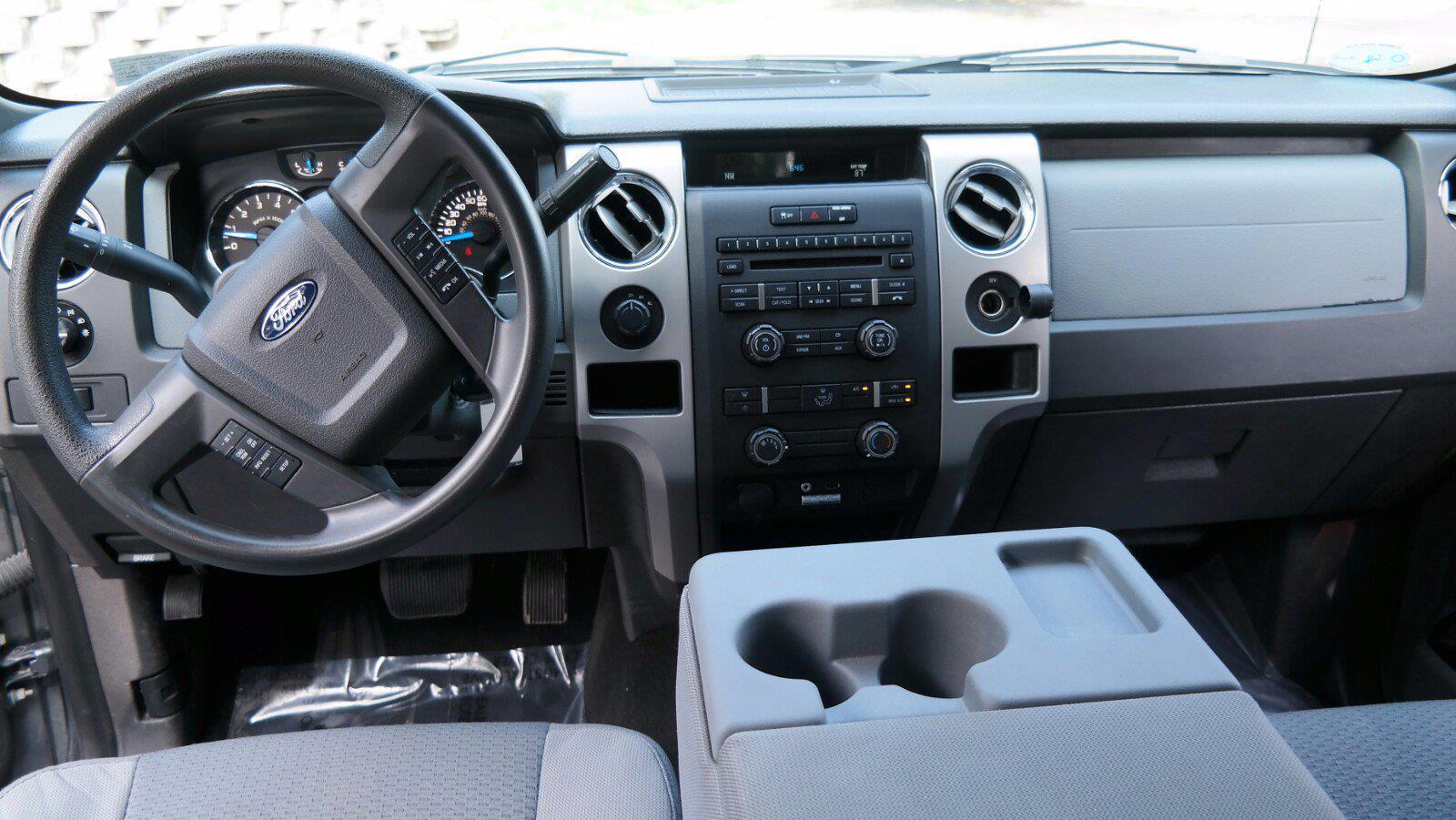2014 F-150 SuperCrew Cab 4x4,  Pickup #FL1349P - photo 24