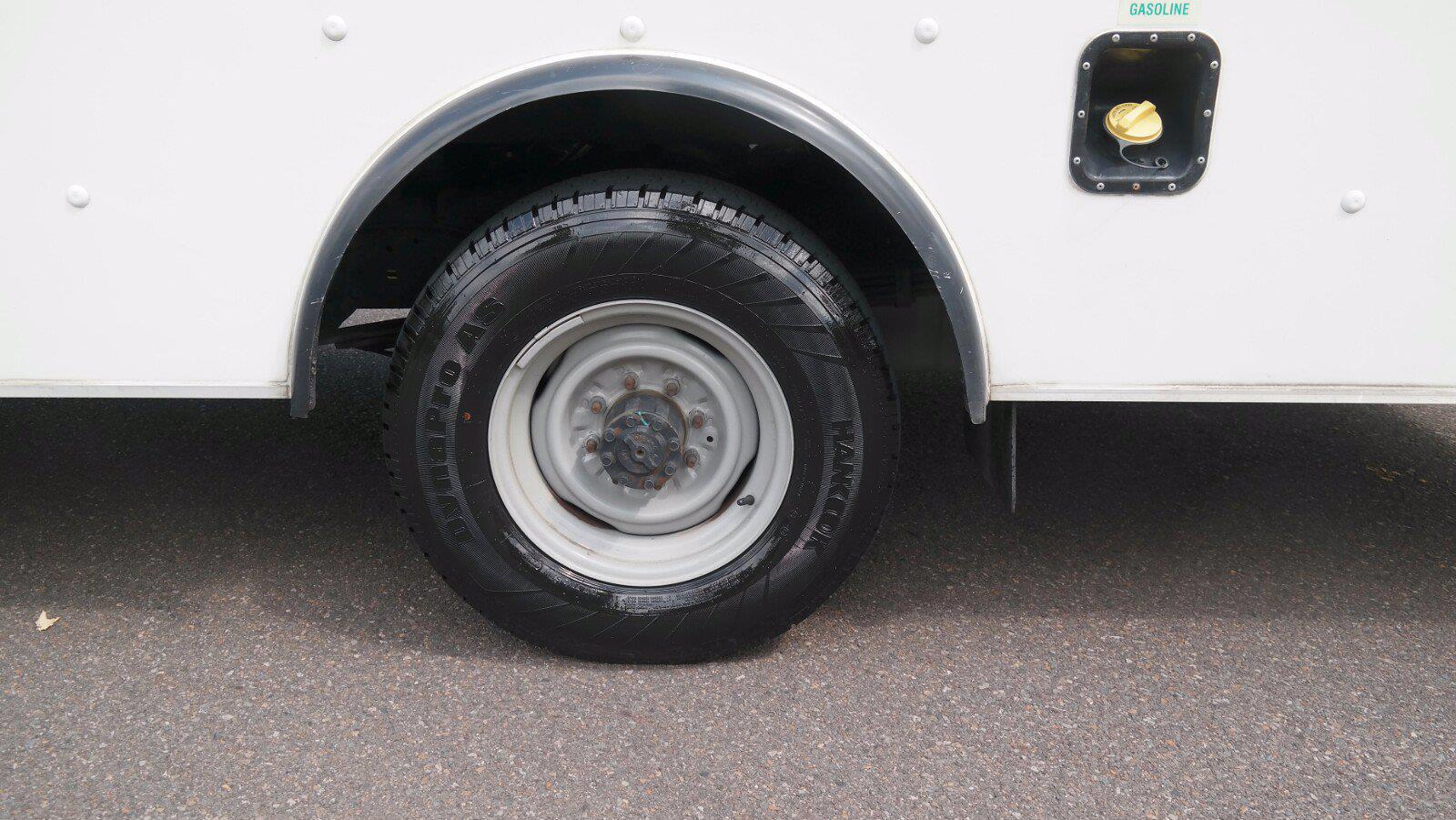 2019 E-350 4x2,  Dejana Truck & Utility Equipment DuraCube II Cutaway Van #FL1376C - photo 15