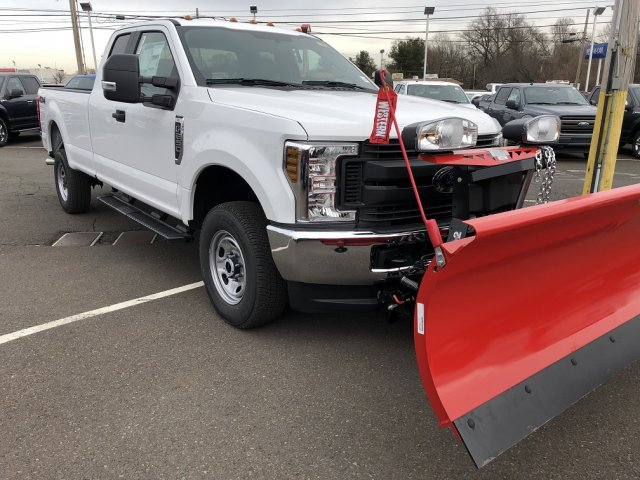 2019 F-250 Super Cab 4x4,  Western Snowplow Pickup #FL34284 - photo 2