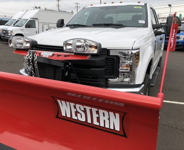 2019 F-250 Super Cab 4x4,  Western Snowplow Pickup #FL34284 - photo 5