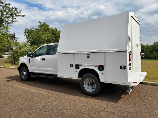 2019 F-350 Super Cab DRW 4x4,  Cab Chassis #FL34314 - photo 3