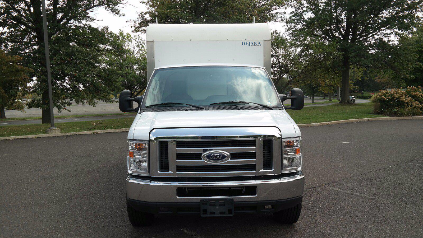 2019 E-350 4x2,  Dejana Truck & Utility Equipment DuraCube II Cutaway Van #FL1376C - photo 10