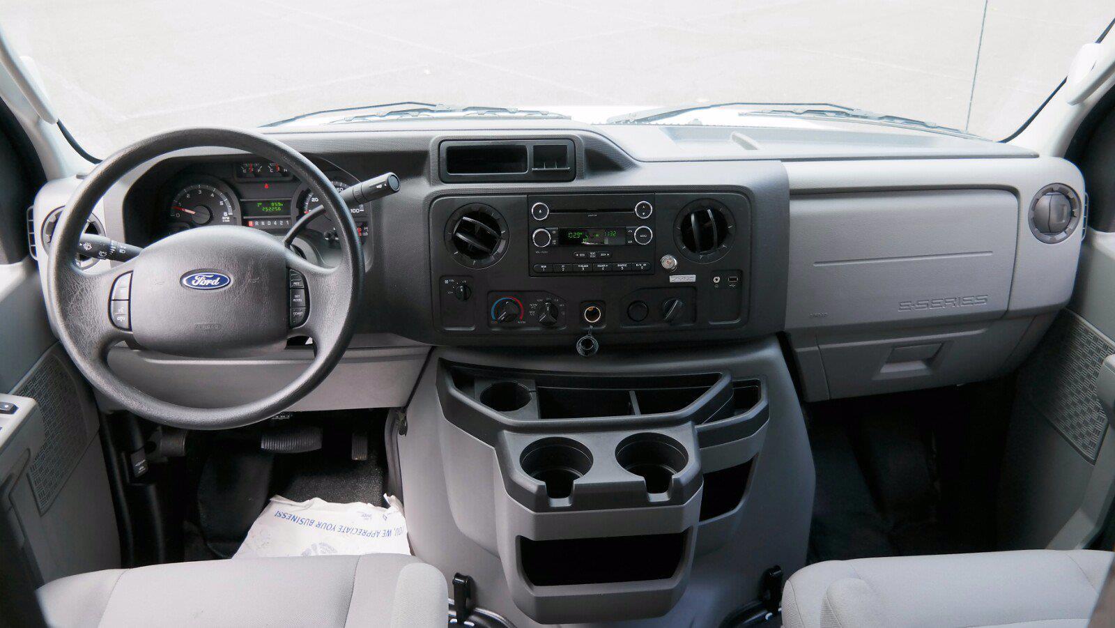 2019 E-350 4x2,  Dejana Truck & Utility Equipment DuraCube II Cutaway Van #FL1376C - photo 12