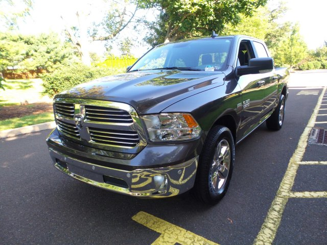 2017 Ram 1500 Crew Cab 4x4,  Pickup #FL9400P - photo 5