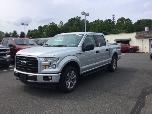 2017 F-150 SuperCrew Cab 4x4, Pickup #FL9485S - photo 5