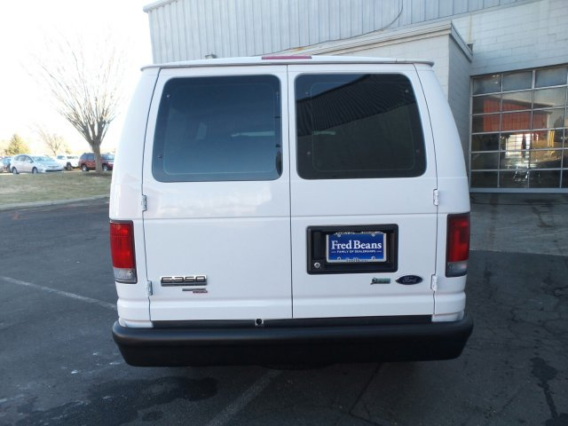 2011 E-350 4x2, Passenger Wagon #FLU003211 - photo 6
