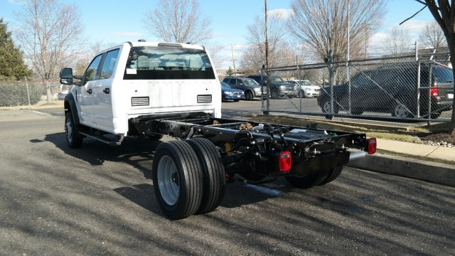 2020 F-450 Crew Cab DRW 4x4, Cab Chassis #FLU00347 - photo 6