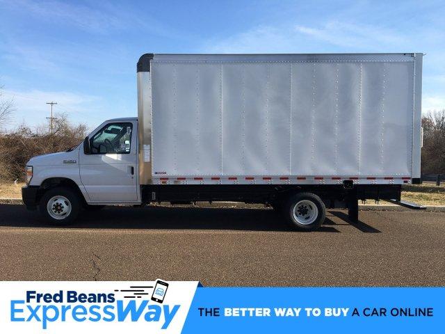 2021 E-450 4x2, Morgan Parcel Aluminum Cutaway Van #FLU00429 - photo 1