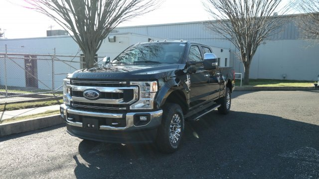 2020 F-250 Crew Cab 4x4, Pickup #FLU00486 - photo 8