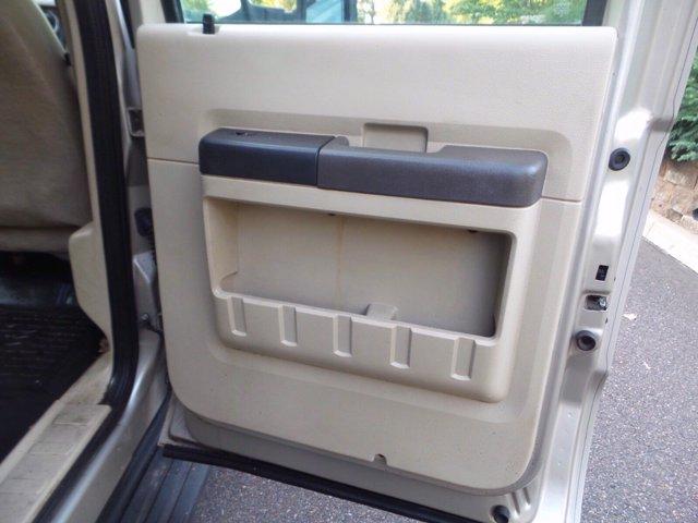 2008 Ford F-550 Crew Cab DRW 4x4, Dump Body #FLU005731 - photo 9