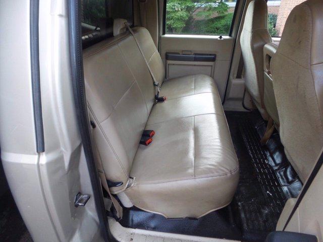 2008 Ford F-550 Crew Cab DRW 4x4, Dump Body #FLU005731 - photo 10