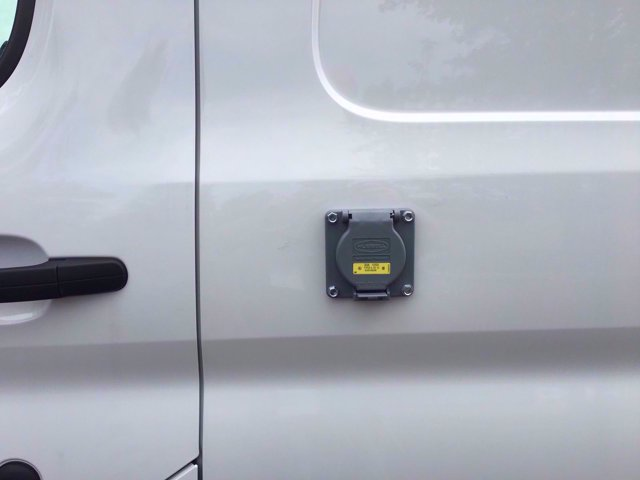2020 Ford Transit 250 Med Roof RWD, Thermo King Direct-Drive Refrigerated Body #FLU00589 - photo 4