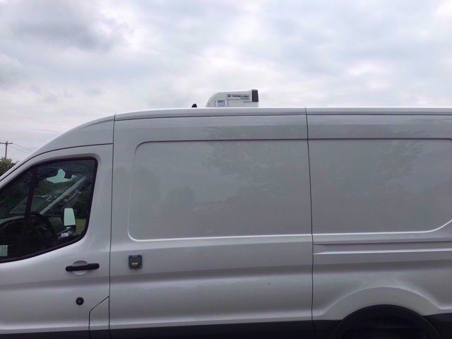2020 Ford Transit 250 Med Roof RWD, Thermo King Direct-Drive Refrigerated Body #FLU00589 - photo 5
