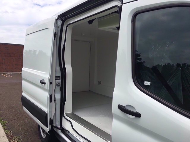 2020 Ford Transit 250 Med Roof RWD, Thermo King Direct-Drive Refrigerated Body #FLU00589 - photo 11