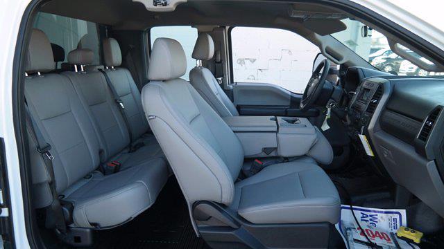 2020 Ford F-550 Super Cab DRW 4x4, Landscape Dump #FLU00650 - photo 3