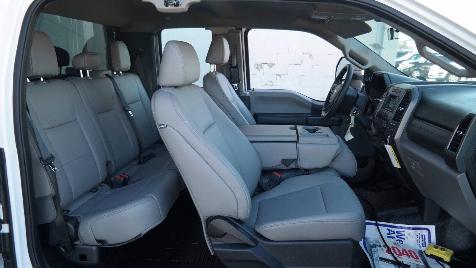 2020 Ford F-550 Super Cab DRW 4x4, Reading Landscaper SL Landscape Dump #FLU00650 - photo 3