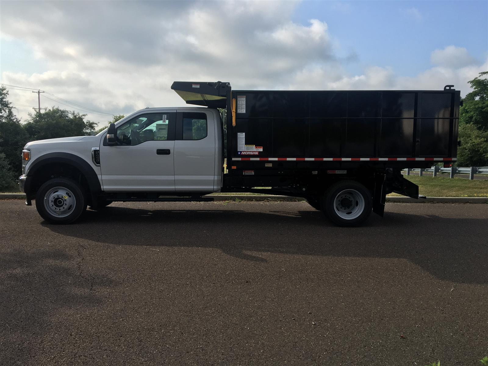 2020 Ford F-450 Super Cab DRW 4x4, Morgan Dump Body Landscape Dump #FLU00684 - photo 4