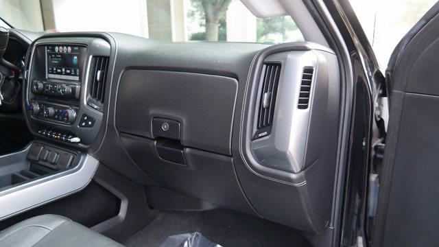 2018 Chevrolet Silverado 2500 Crew Cab 4x4, Pickup #FLU008431 - photo 15