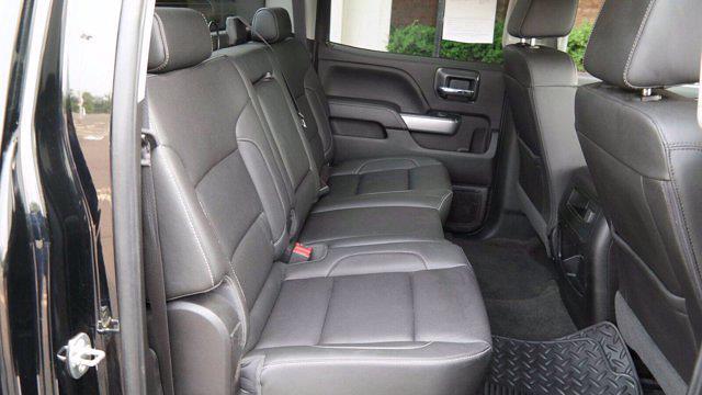 2018 Chevrolet Silverado 2500 Crew Cab 4x4, Pickup #FLU008431 - photo 21