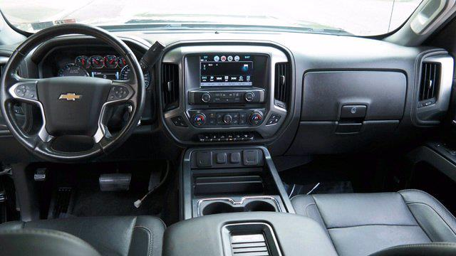 2018 Chevrolet Silverado 2500 Crew Cab 4x4, Pickup #FLU008431 - photo 30