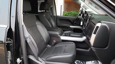 2018 Chevrolet Silverado 2500 Crew Cab 4x4, Pickup #FLU008431 - photo 16