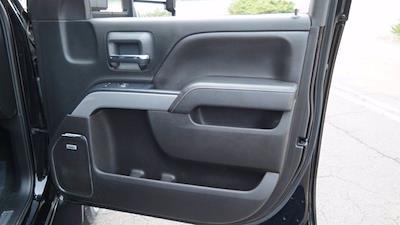 2018 Chevrolet Silverado 2500 Crew Cab 4x4, Pickup #FLU008431 - photo 17