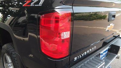 2018 Chevrolet Silverado 2500 Crew Cab 4x4, Pickup #FLU008431 - photo 24