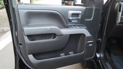 2018 Chevrolet Silverado 2500 Crew Cab 4x4, Pickup #FLU008431 - photo 32