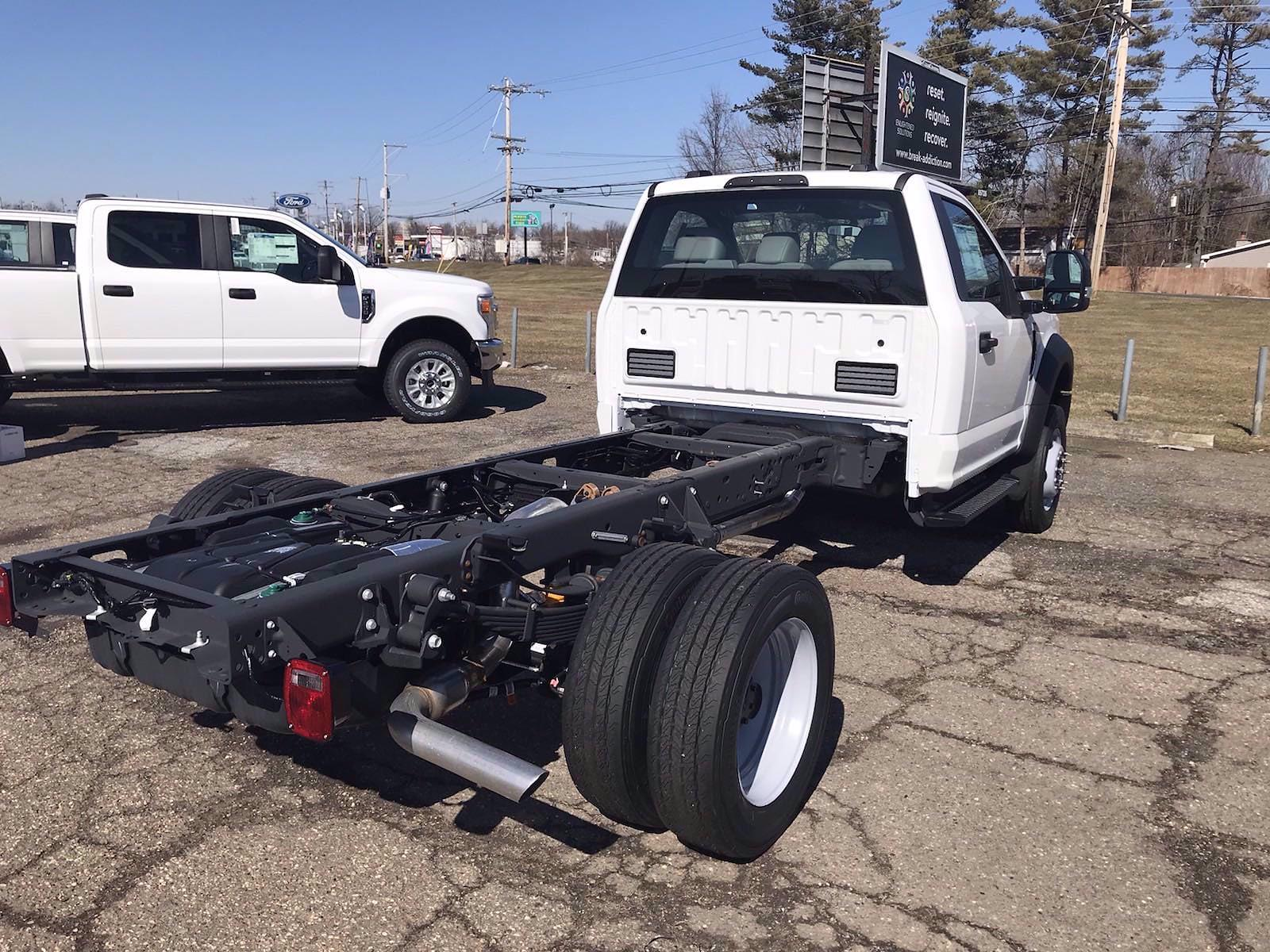 2020 Ford F-550 Regular Cab DRW 4x4, Cab Chassis #FLU00848 - photo 1
