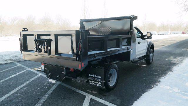 2020 Ford F-550 Regular Cab DRW 4x4, Dump Body #FLU00850 - photo 2