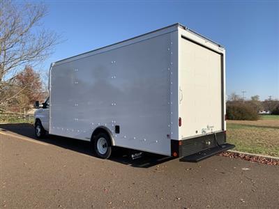 2021 Ford E-450 4x2, Rockport Cargoport Cutaway Van #FLU00852 - photo 2
