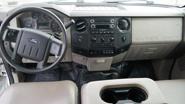 2008 Ford F-350 Crew Cab 4x4, Service Body #FLU009881 - photo 26