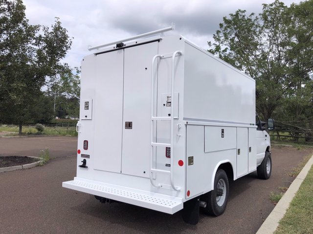 2021 Ford E-350 4x2, Reading Aluminum CSV Service Utility Van #FLU00993 - photo 9