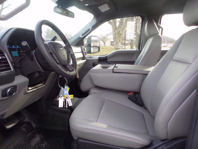 2020 Ford F-350 Crew Cab 4x4, Reading Service Body #FLU01006 - photo 10