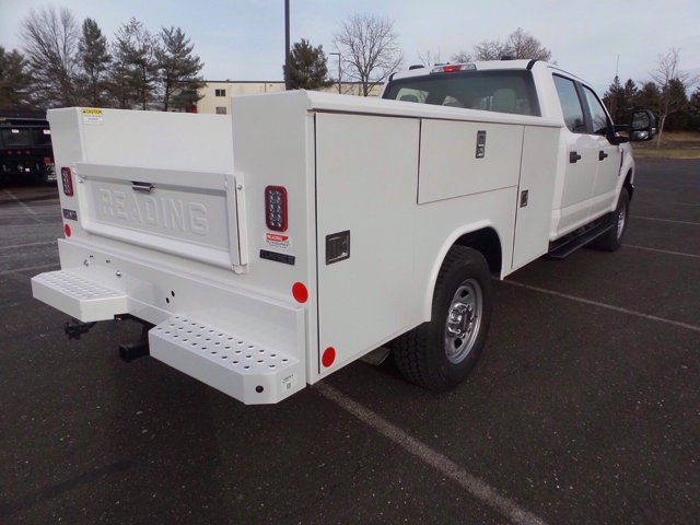 2020 Ford F-350 Crew Cab 4x4, Reading Service Body #FLU01006 - photo 6