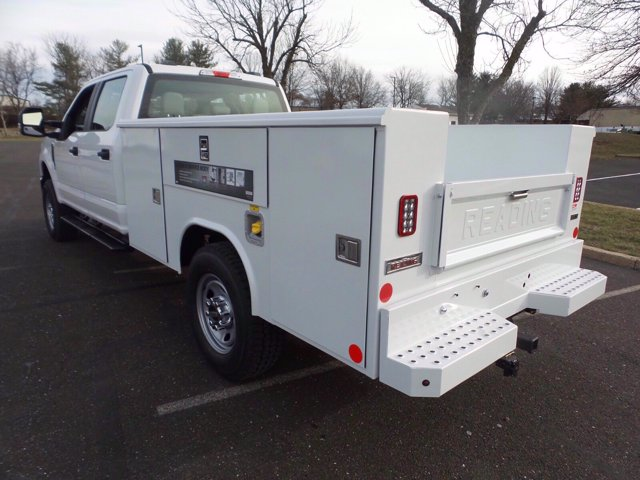 2020 Ford F-350 Crew Cab 4x4, Reading Service Body #FLU01006 - photo 2