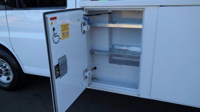2014 GMC Savana 3500 4x2, Service Utility Van #FLU010712 - photo 6