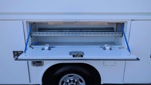 2014 GMC Savana 3500 4x2, Service Utility Van #FLU010712 - photo 9