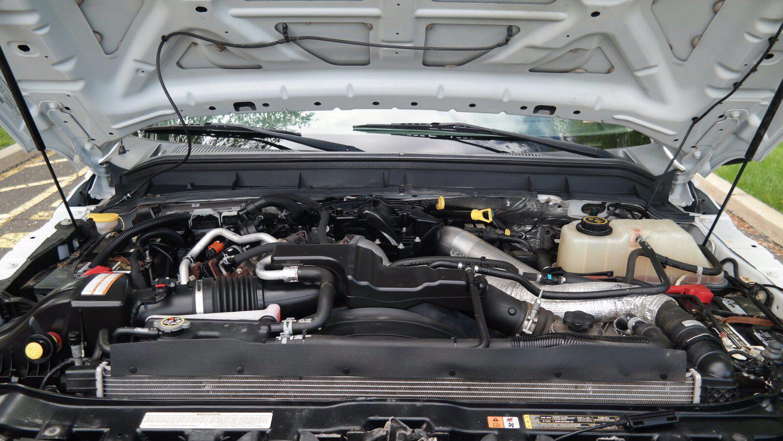 2016 Ford F-450 Crew Cab DRW 4x4, Service Body #FLU011515 - photo 20