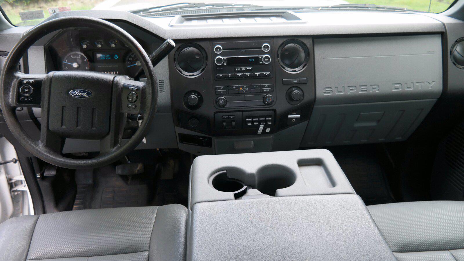2016 Ford F-450 Crew Cab DRW 4x4, Service Body #FLU011515 - photo 25