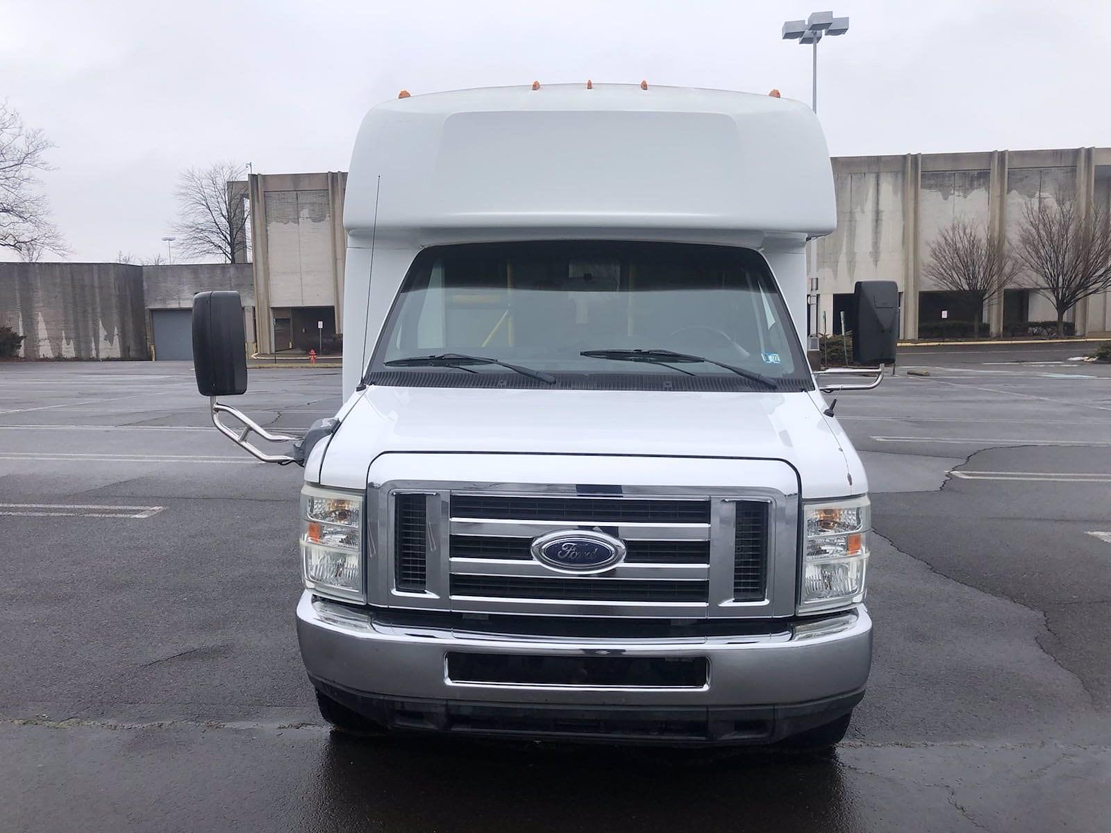 2009 Ford E-450 4x2, Other/Specialty #FLU011665 - photo 3