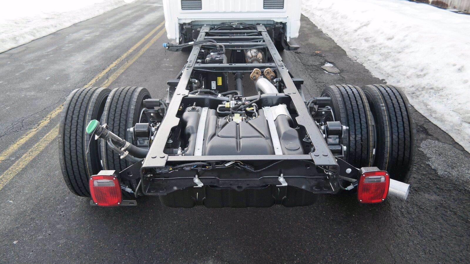2021 F-600 Regular Cab DRW 4x4,  Switch N Go Drop Box Hooklift Body #FLU10034 - photo 7
