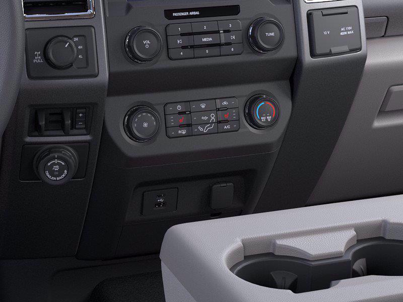 2021 Ford F-250 Crew Cab 4x4, Pickup #FLU10085 - photo 15